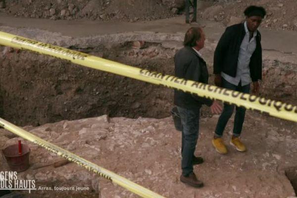 Kamini découvre l'archéologie avec Alain Jacques