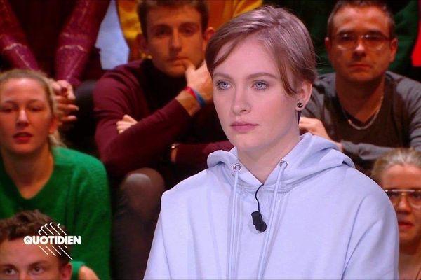 Capture d'écran de l'émission Quotidien où était reçue Mila le 3 février 2020.