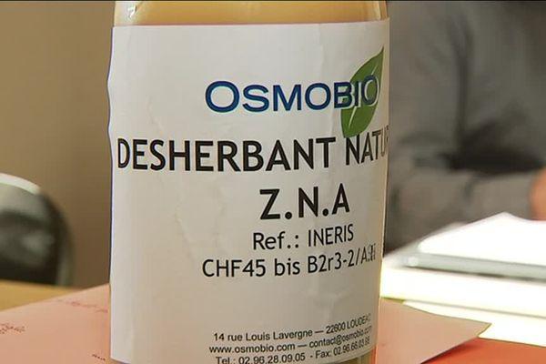 Le désherbant naturel mis au point par la société Osmobio à Loudéac en Bretagne.