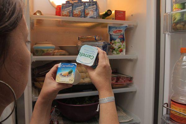 Vous êtes déjà partis de votre domicile quelques temps en laissant des aliments se périmer dans votre frigo? Bientôt, vous pourrez les déposer dans un frigo solidaire, où ils seront consommés par quelqu'un d'autre!