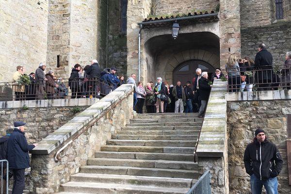 Une messe est célébrée dans l'église Saint-Etienne de Trèbes en hommage aux victimes de l'attentat