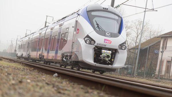 Des rames de train Régiolis fabriquée par Alstom devraient équiper la ligne ferroviaire Bordeaux-Lyon proposée par Railcoop