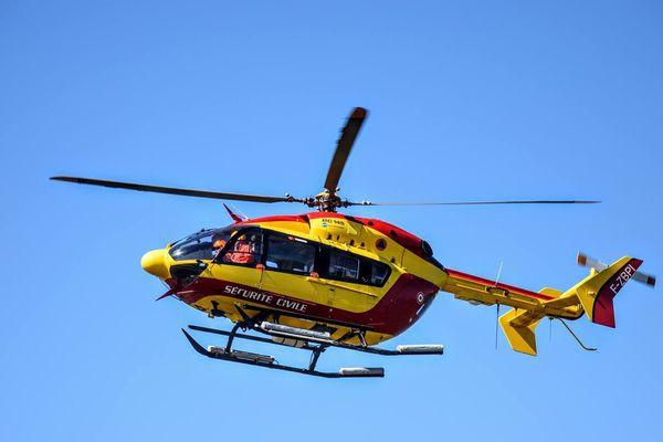 Hélicoptère Dragon 29 de la sécurité civile