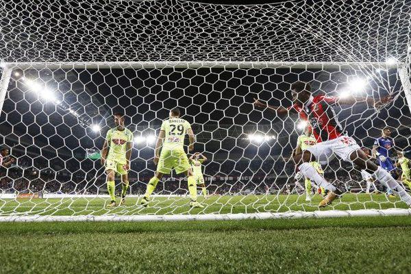 Angers ramène un point après son match nul face à Nice