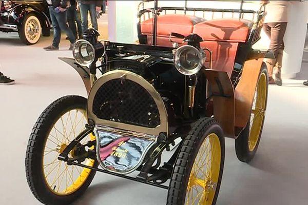 La toute première Renault, construite en 1898.