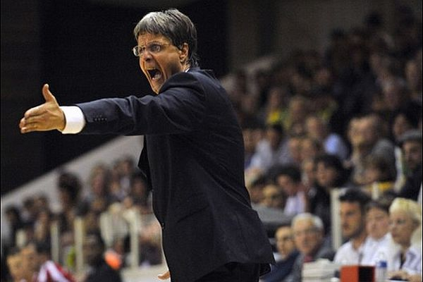 Jean-Louis Borg, entraîneur de la JDA