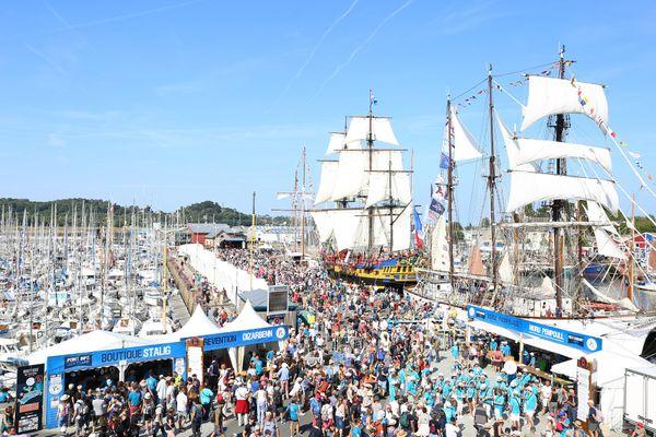 Le Festival du Chant de Marin à Paimpol allie musique et beaux bateaux. Les organisateurs ont décidé que la 15ème édition était reportée en raison du contexte sanitaire et des restrictions imposées.