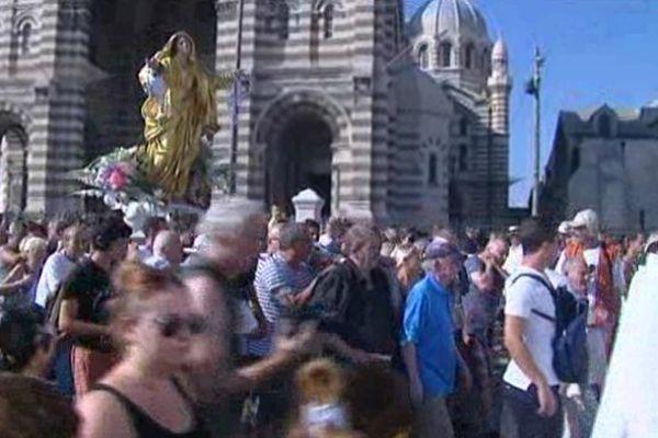 La procession devant la Major
