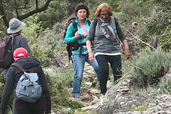 randonneurs dans la vallée du Tavignanu