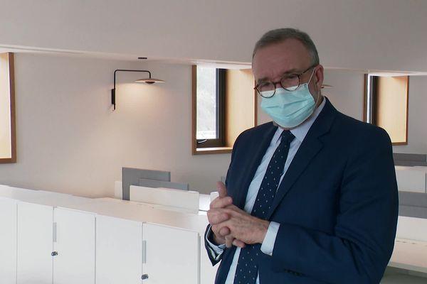 """Etienne Blanc, président du groupe Droite, centre et indépendants au conseil municipal : """"500 000 euros, c'est quelque chose d'important"""""""