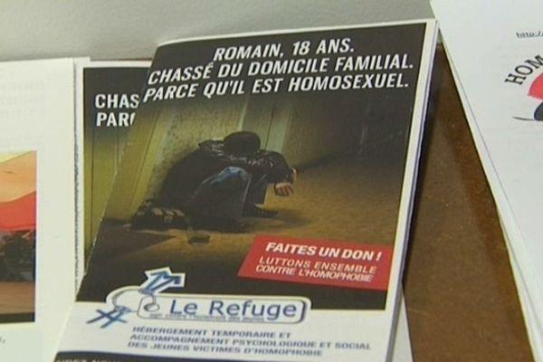 L'association Le Refuge dispose de 40 places d'hébergement à Montpellier, Paris, Lyon, Toulouse et Marseille.