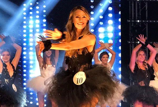 Lou-Anne Lorphelin lors de la soirée d'élection de Miss Bourgogne 2020.