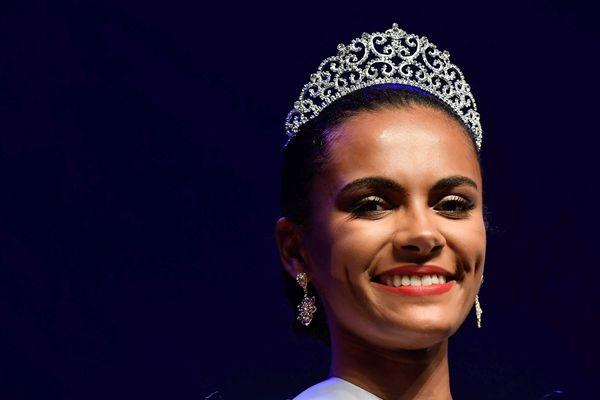 Diane Leroux Miss pays de la Loire 2018