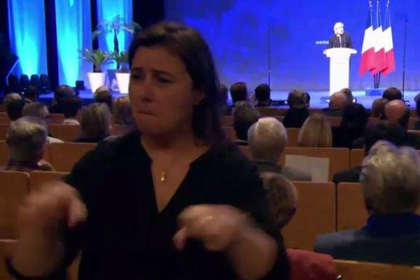 """Les militants de l'association  """"Acces Cible"""" ont réussi, quelques secondes seulement, à gêner la retransmission du discours de la présidente du FN- Lyon, le 05/02/2017"""