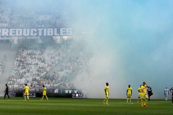 4e journée du Championnat de France de Football de Ligue 1, lors de la rencontre Bordeaux -Nantes, le match est interrompu à cause des fumigènes lancès par les supporters du Kop Bordelais Bordeaux le 30/08/201.
