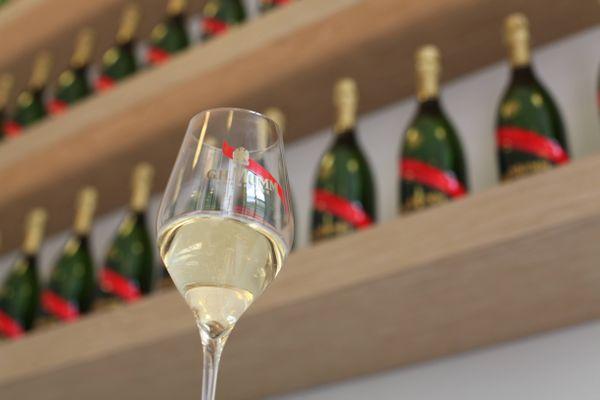 Le chiffre d'affaire du champagne a baissé de 25% en 2020.