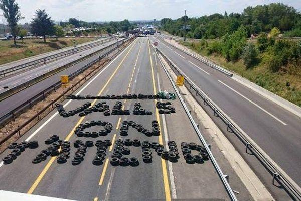 Les éleveurs veulent rencontrer Manuel Valls, ils l'écrivent - Sur l'A6 ce Jeudi 23/07/2015