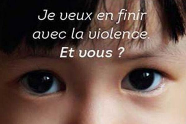 Le 0806.23.10.63, actif depuis un an, s'adresse aux personnes attirées par les enfants. Le but est d'éviter tout passage à l'acte et d'assurer un suivi psychiatrique. Il était expérimenté depuis un an dans cinq régions françaises dont l'Occitanie.