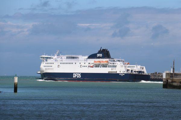 Le chantier de l'extension du port de Calais s'est terminé mercredi 5 mai, l'ouvrage est désormais en phase de test.