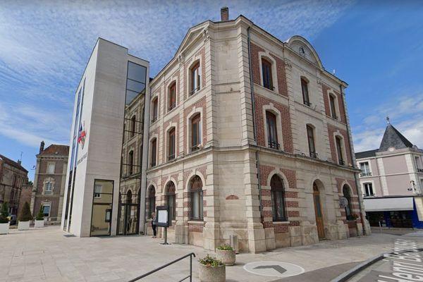 C'est lors du conseil municipal à la mairie de Romilly-sur-Seine que l'altercation entre les deux élus a eu lieu.