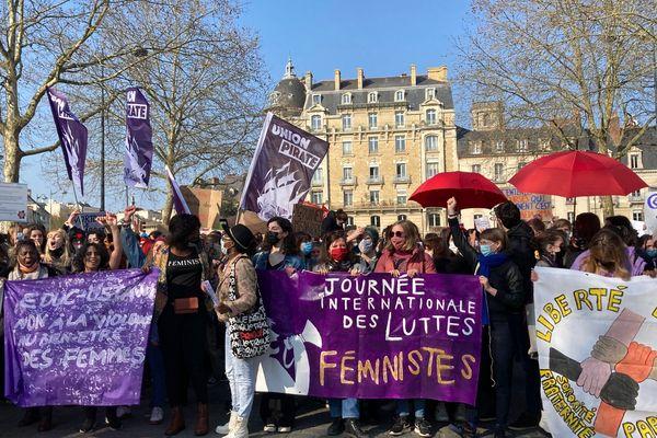 1300 manifestants à Rennes pour la journée internationale du droit des femmes