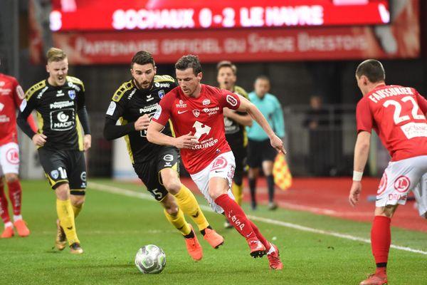 Les Chamois Niortais ont perdu, 2 à 0, face à Brest.