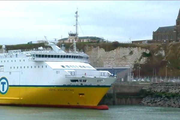 Le car-ferry Transmanche pourrait augmenter son trafic si les ports de Douvres et Calais sont saturés par les contrôles douaniers.
