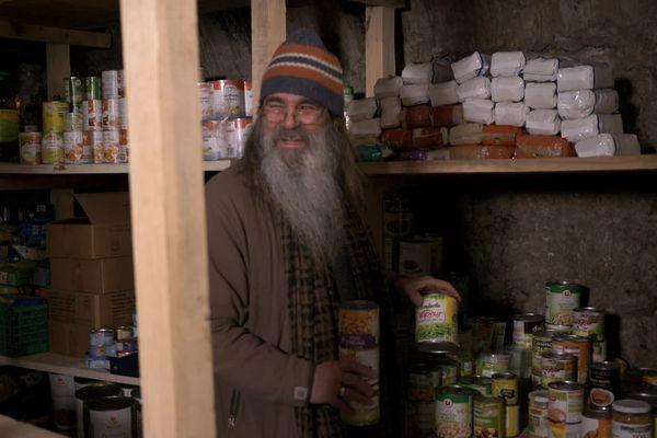 """Richard et son """"épicerie solidaire"""" à Saorge - La Tête Haute, au cœur de la Vallée de la Roya"""