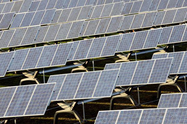 Produire de l'énergie verte et s'engager pour la transition énergétique : les collectivités du Puy-de-Dôme sont de plus en plus nombreuses à s'investir dans cette démarche. Et les habitants sont partis prenantes dans cette transition verte