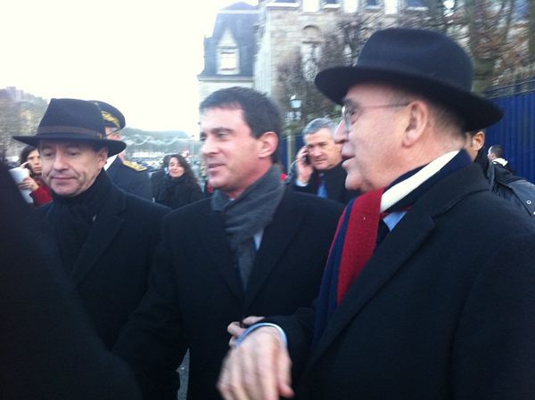 Jean_Jacques Urvoas, Manuel Valls et Bernard Poignant à Quimper en 2012