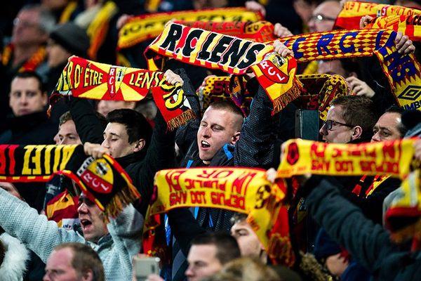 RC Lens-FC Metz c'est en direct streaming avec France 3.
