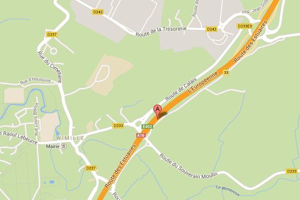 L'A16 est coupée depuis 8h ce lundi matin à hauteur de Wimille, dans le sens Calais-Boulogne