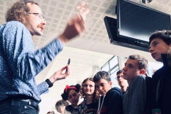 En plein atelier à Math en Jeans à Rennes