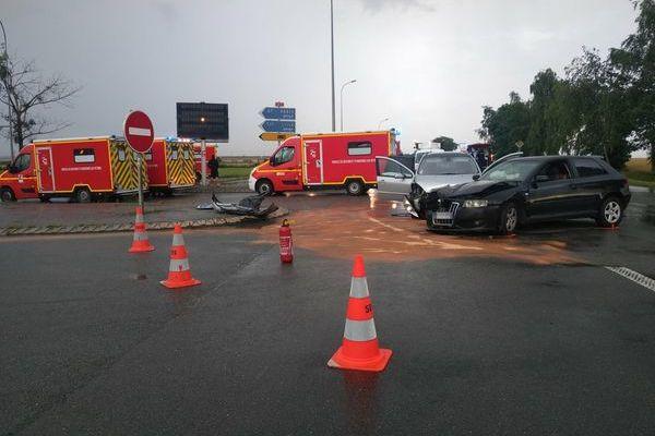 10 personnes ont été blessées dans un accident entre deux véhicules sur la D935 à Ressons-sur-Matz dans l'Oise.