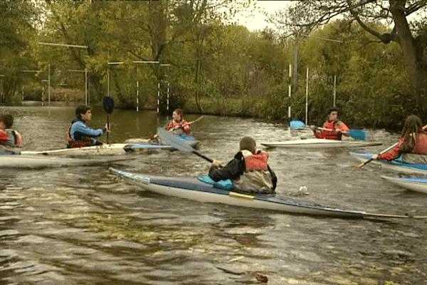 Été comme hiver, le canoë-kayak se porte bien en Bretagne.