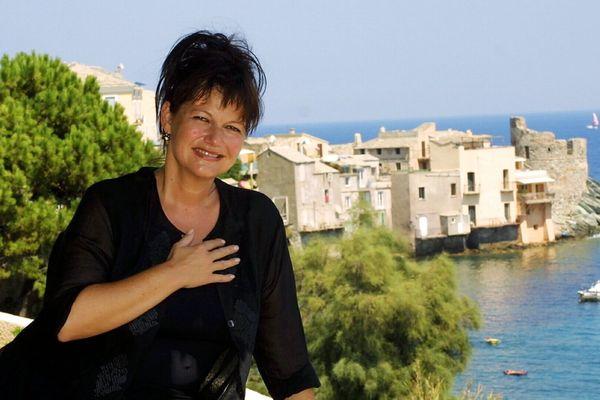Maurane dans le petit village d'Erbalunga (Haute-Corse), en août 2003.