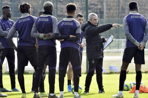 Quelle direction va prendre l'avenir du TFC en Ligue 1, voire en Ligue 2 pour la saison 2020-2021 ? L'entraîneur Denis Zanko et ses joueurs attendent la réponse.