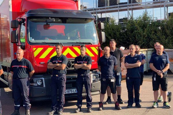 Les sapeurs-pompiers sont partis de Dijon ce vendredi matin.