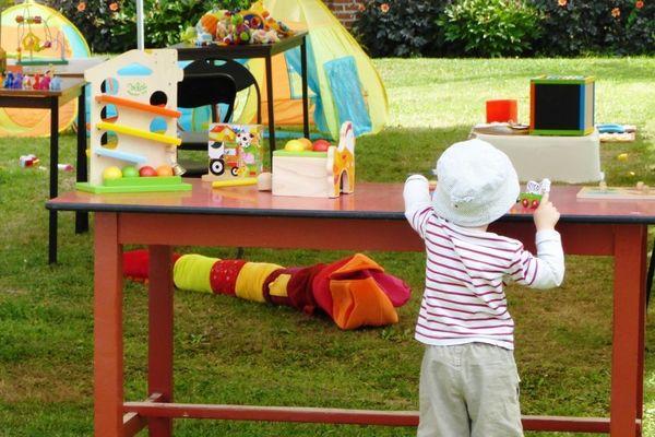La fête des enfants à Esteville, près de Rouen.