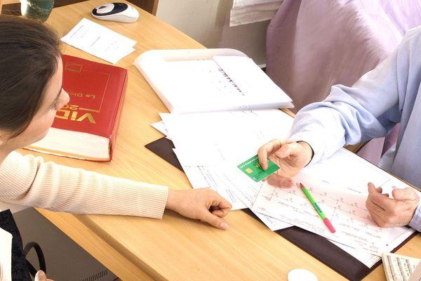 Les Bretonnes de 25 à 65 ans seront progressivement invitées à effectuer gratuitement un frottis de dépistage du cancer du col de l'utérus tous les trois ans.