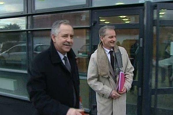 Une réunion entre la direction du club de foot de l'AJA et les collectivités locales a eu lieu vendredi 8 mars 2013.