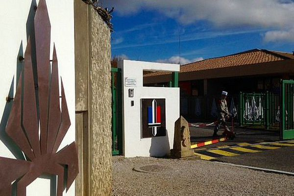 Castelnaudary (Aude) - la caserne de la légion - novembre 2015.