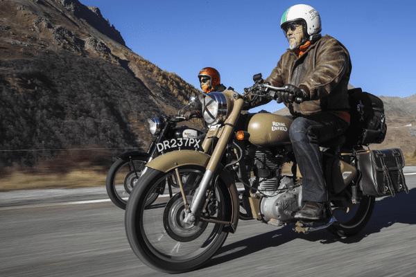 Deux motos de la course Trans Alpes.