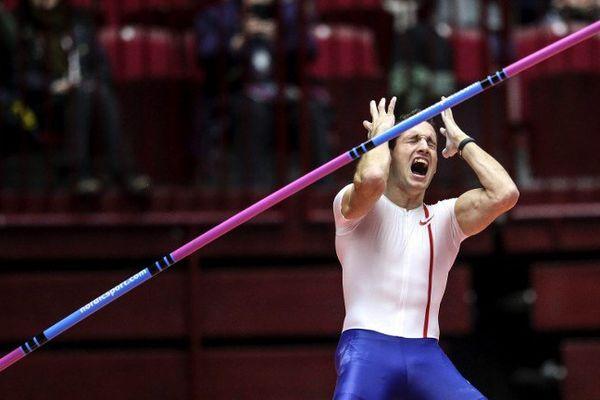 Malmö (Suède), le 25 février 2015 : Renaud Lavillenie s'est contenté d'une barre à 5,92 mètres pour remporter le meeting, le perchiste clermontois a échoué à trois reprises à 6,03 mètres.