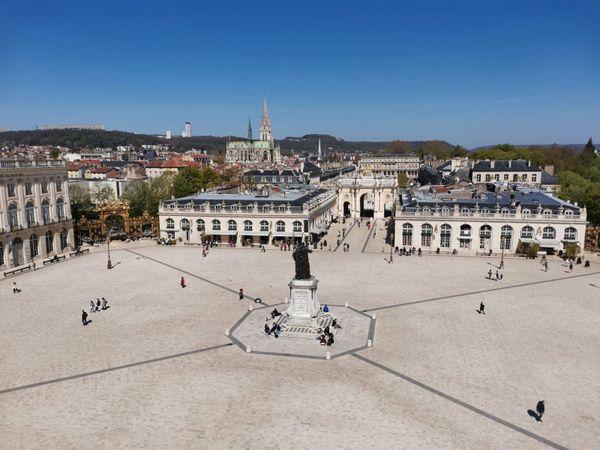 La place Stanislas et l'arc Héré à Nancy.