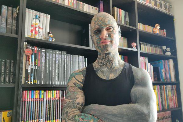 Rencontre homme tatouer, hommes célibataires