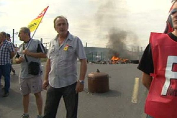 Les syndicalistes ont bloqué symboliquement les locaux de RFF à Perpignan.
