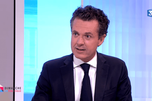 """Christophe Béchu, invité de """"Dimanche en politique"""", diffusé le 18 septembre 2016 sur France 3 Pays de la Loire"""