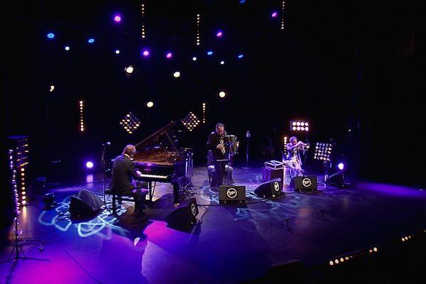 Un concert donné dans le cadre du Nancy jazz pulsations 2016 à la salle Poirel.