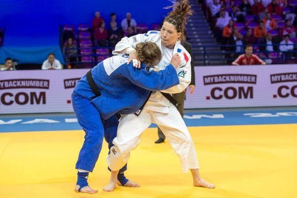 Hélène Receveaux aux championnats d'Europe 2017 à Varsovie.